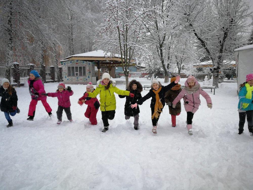 8.Школа Леді_Зимові розваги.jpg