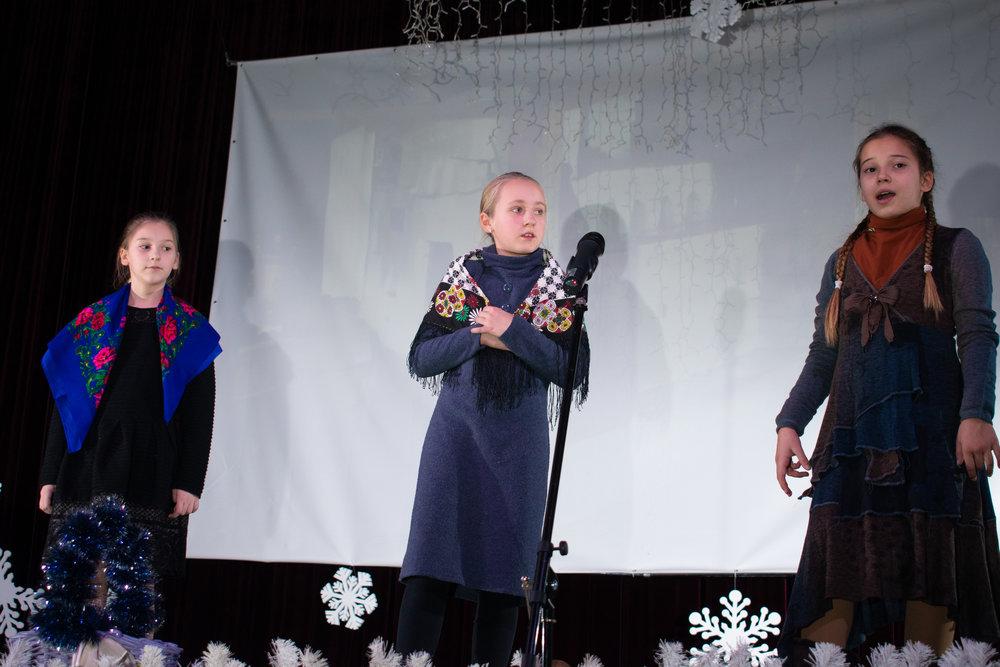 15.Школа Леді_Вистава 5 класу_Чари в новорічному лісі.jpg