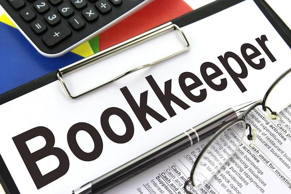 Photo: Bookkeeper by  Nick Youngson   CC BY-SA 3.0   Alpha Stock Images