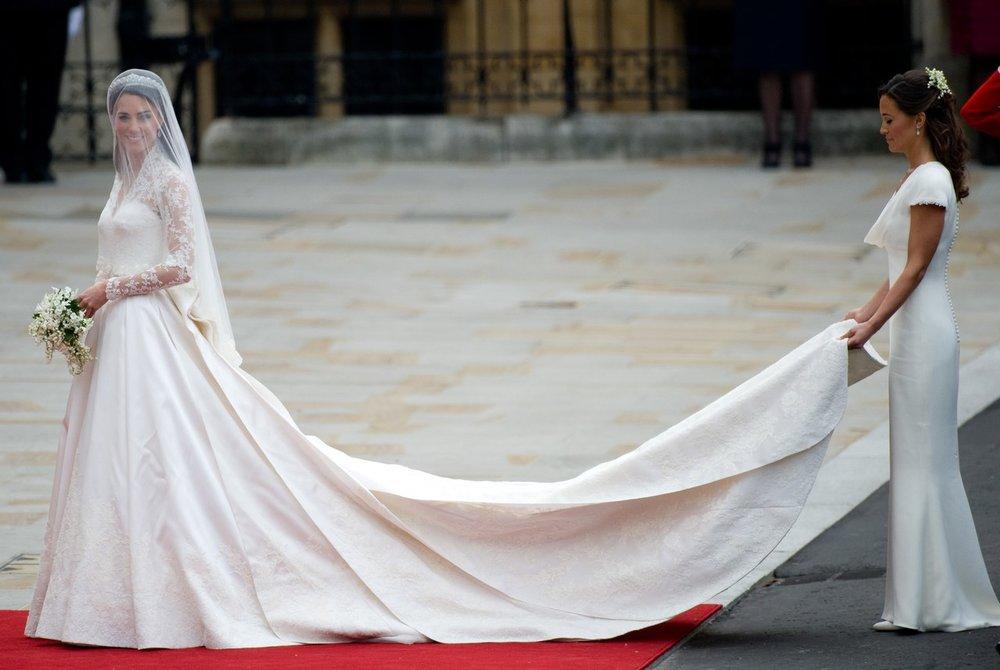 kate-middleton-pippa-middleton-wedding.jpg