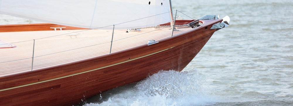 spirit-g-deckhouse-65-yacht-detail-1300x470.jpg