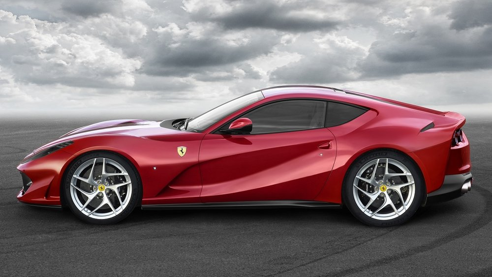 1700343-car_812Superfast.jpg