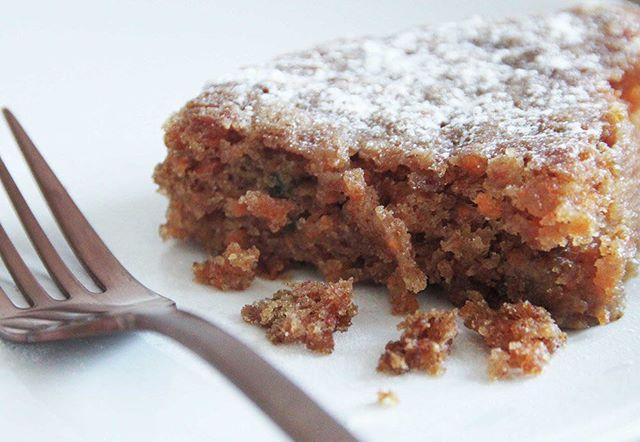 🌿Carrot Cake 🌿#vegan #veganfoodshare #carrotcake #vegancake #tasteofautumn #like4like  #ilovecake