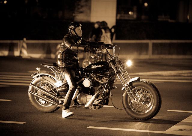 Biker_in_Nakameguro