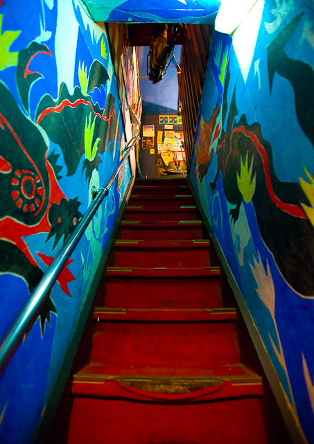 Golden_Gai_Colorful_Stairwell