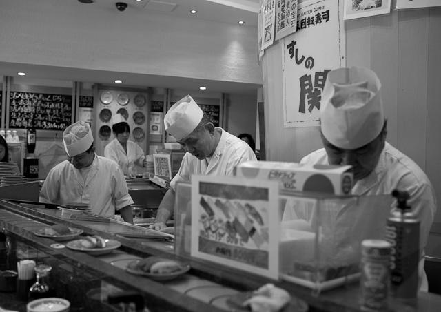 Tokyo_Kaiten_Sushi_2