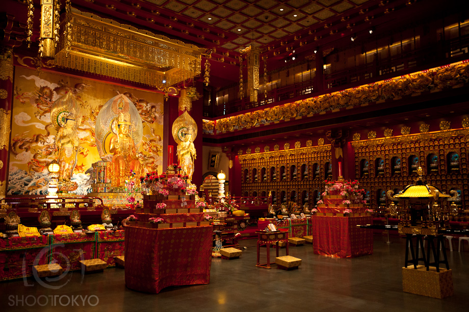 Buddha_Tooth_Relic_Temple_in_Singapore_8