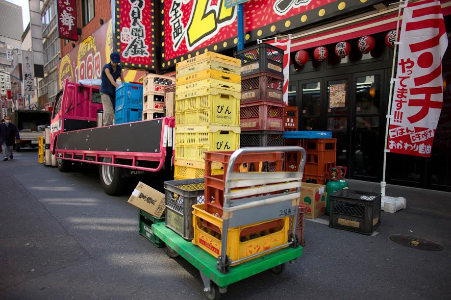 Beer delivery in Shinjuku, Tokyo, Japan