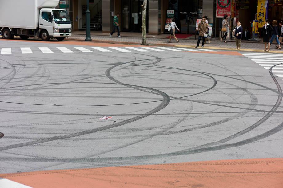 Someone has fun drifting in Tokyo