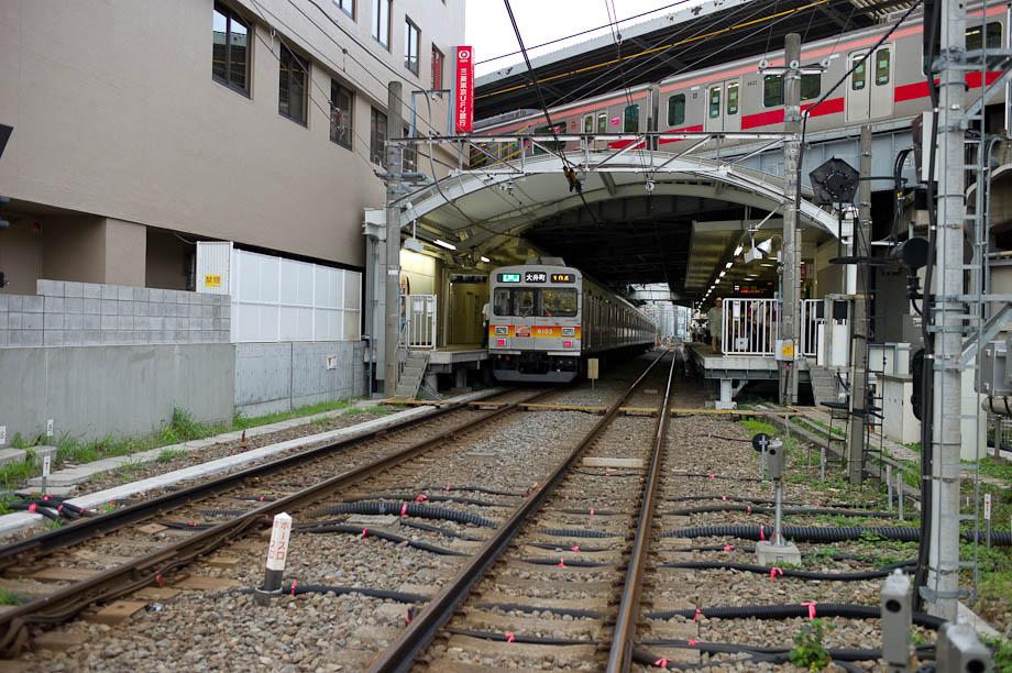 Jiyugaoaka Station