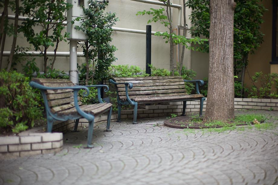 Benches in Jiyugaoka