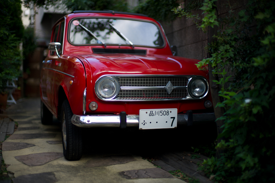 Old Red Renault