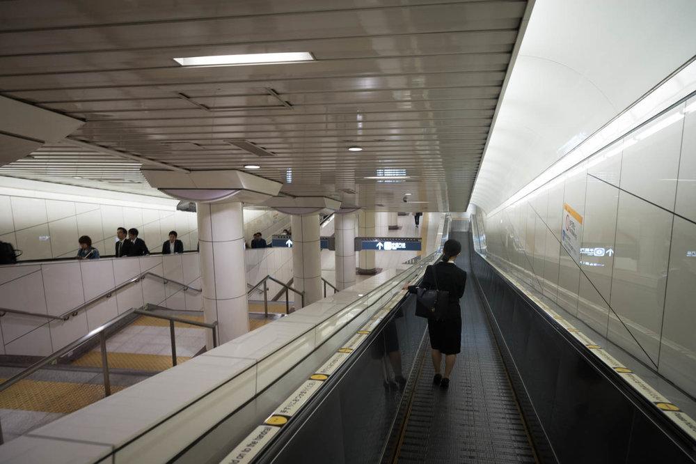 Super long escalator