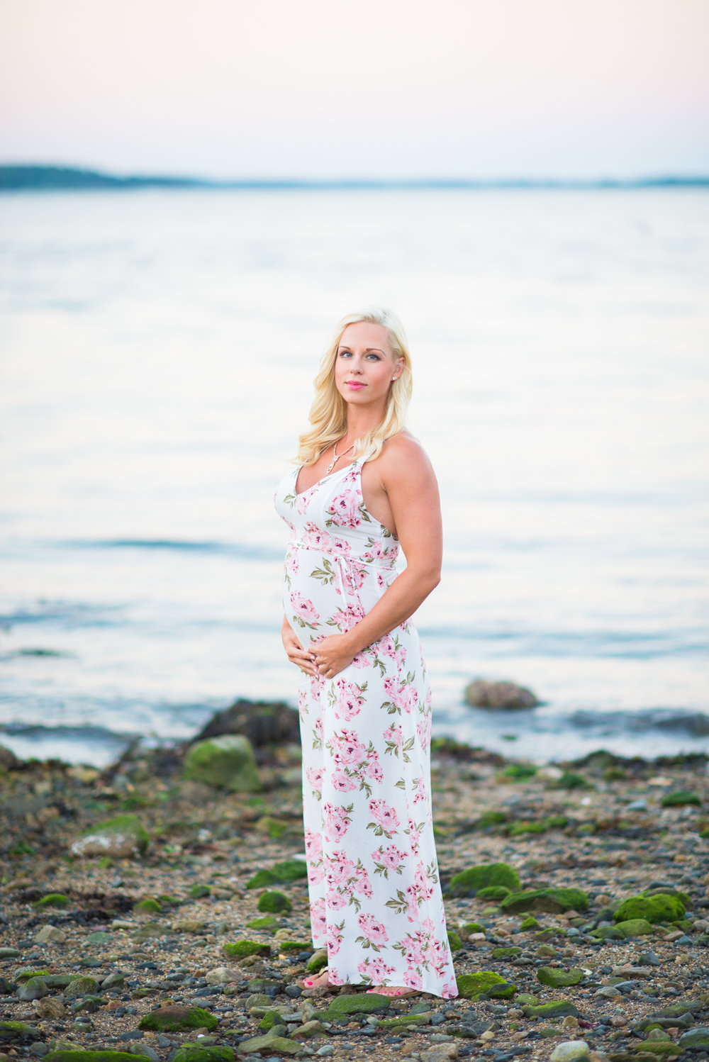 maternity-photographer-boston-ma