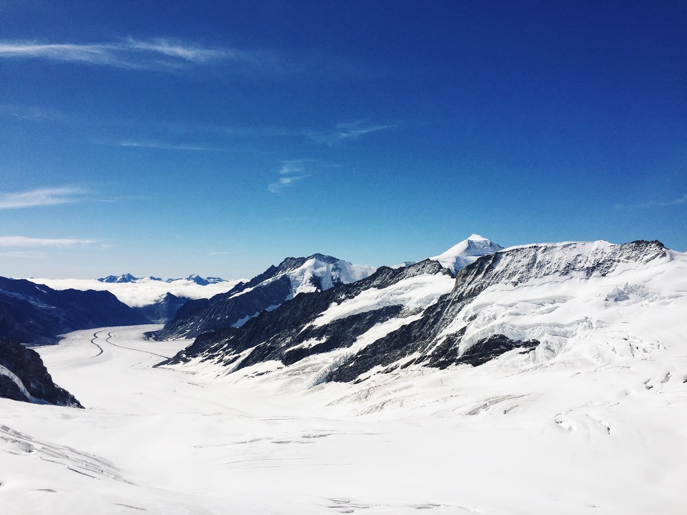 Die schöne Aussicht vom Jungfraujoch auf den Aletschletscher und Konkordiaplatz.
