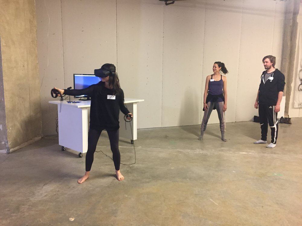 Hilary draws in VR