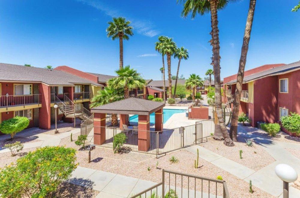 Silver tree apartments - 98-Unit Apartment CommunityPhoenix, Arizona$8.15m Purchase Price$3.5m Equity Raise