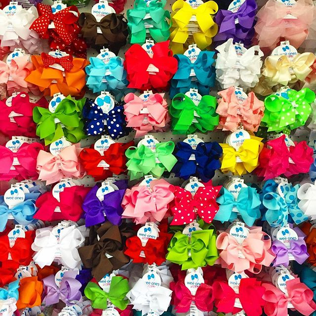 Pick a bow... Any bow!  #nashville #childrensboutique #nashvillemom #nashvilleshopping #nashvillekids #shoplocal #shoplocalnashville #childrensclothing #summerstyle #springstyle #bowsonbowsonbows #childrensgifts
