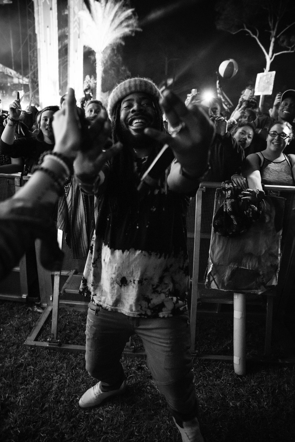 "D.R.A.M is one of my favorite artist at the moment so to see him perform ""Cash Machine"" , ""Cute"" and ""Special"" was a heart warming moment. Also D.R.A.M POSED FOR A PHOTO!"