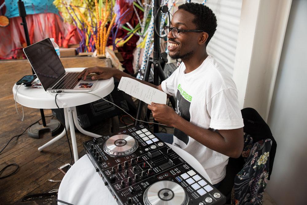 DJ WNDRLD