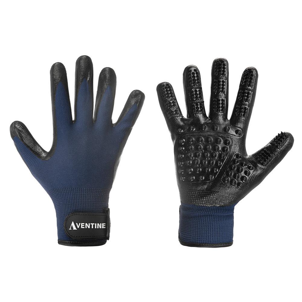 lettstudio_packshot_white_background_gloves2.jpg
