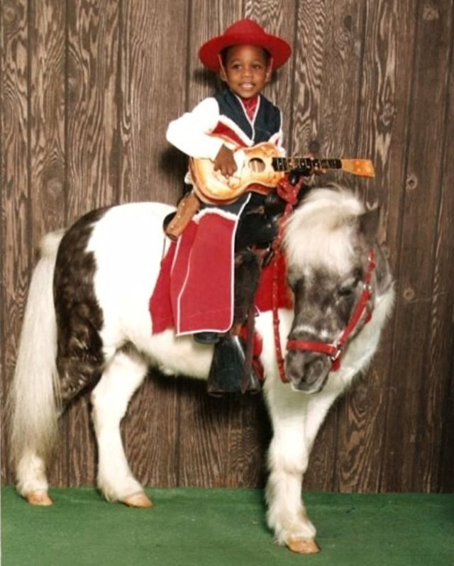 #tbt So there was that one time time... #Adorable #ShowBizBaby #MiniMe #HumbleBeginnings #GottaLoveMe #ButThatPonyThough |#SassMouthing #Negro #Queen  #QTPOC #POC #TransFabulous #FemTastic #Seattle #Facilitainment #InstaGay #InstaQueer #Queer #LGBT #NoMakeUp