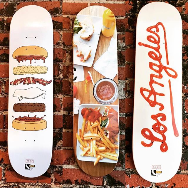Dinner on deck. 📷: @sheabudda . . . . . #burger #burgergram #meeeeeats #skate #skateart #clsc #ketchup #buzzfeast #foodfeed #feedfeed #huffposttaste