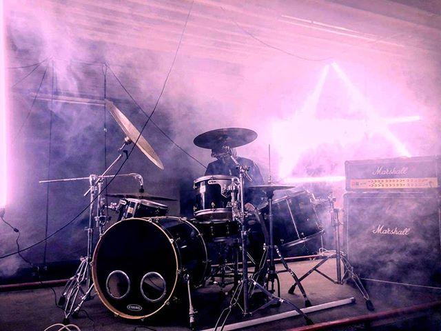 🕯️ . . . #moodygrams #horror #artofvisuals #visualkei #shoegaze #metal #motiondesign #agameoftones #fatalframes #slipknot #createcommune #sombrescapes #VSCOcam #teaser #deathnote #rsa_music #thegazette #sombrescapes #postrock #shinigami #direngrey #korn #postrockcommunity #postrock #arcticdrones #deathmetal @postrock_daily @postrock.instrumental @postrockcommunity @arcticdrones