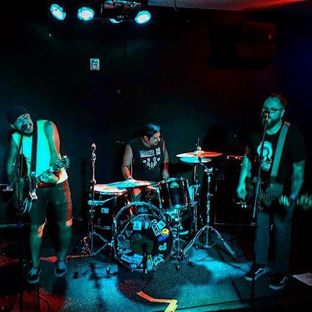 Fifty Shades Of Blue..aka fifty shades of yay. . . #sfpunk #sanfrancisco #punk #poppunk #livemusic #diy #diyordie #localband #musiclife #powertrio #threesome #blue
