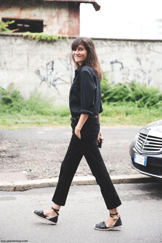 Emmanuelle Alt in espadrilles || via The Design Edit