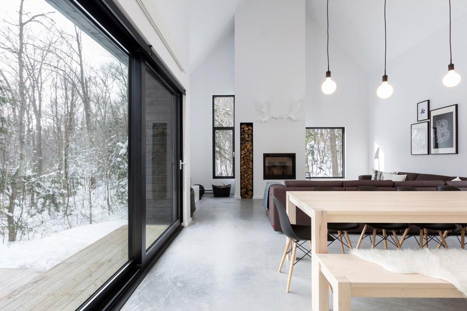 villa-boreale-cargo-architecture-residential-quebec-canada-dave-tremblay_dezeen_936_14.jpg