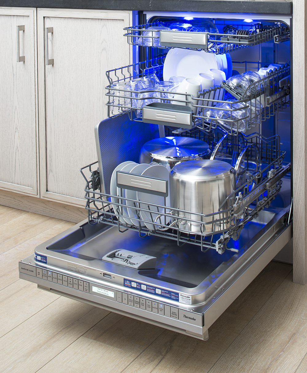 Thermador Star-Sapphire Dishwasher Mood Lighting.jpg