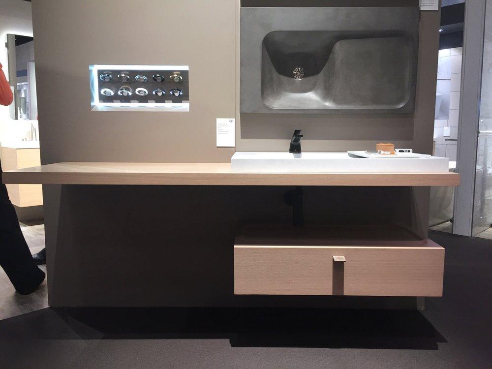 Modulus bathroom collection by DXV at KBIS 2017