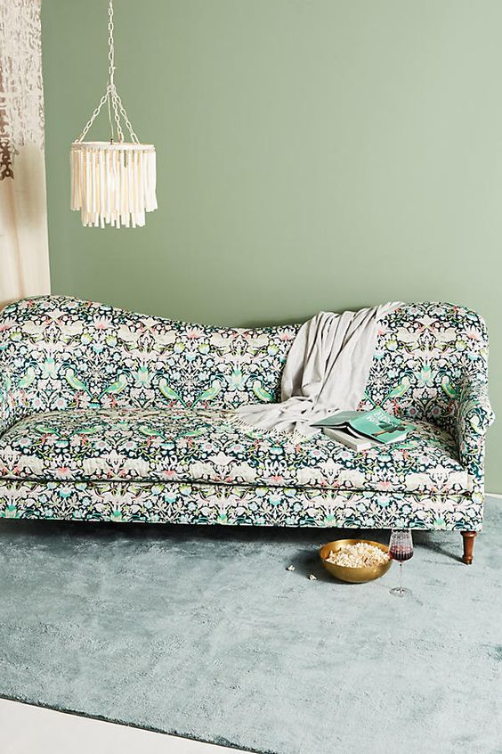 Strawberry Thief Pied-a-Terre Sofa