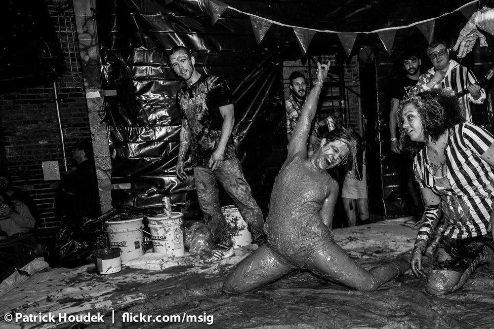 mud-queens-of-chicago_14446179840_o.jpg