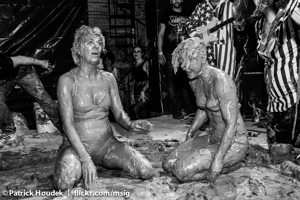 mud-queens-of-chicago_14446210399_o.jpg