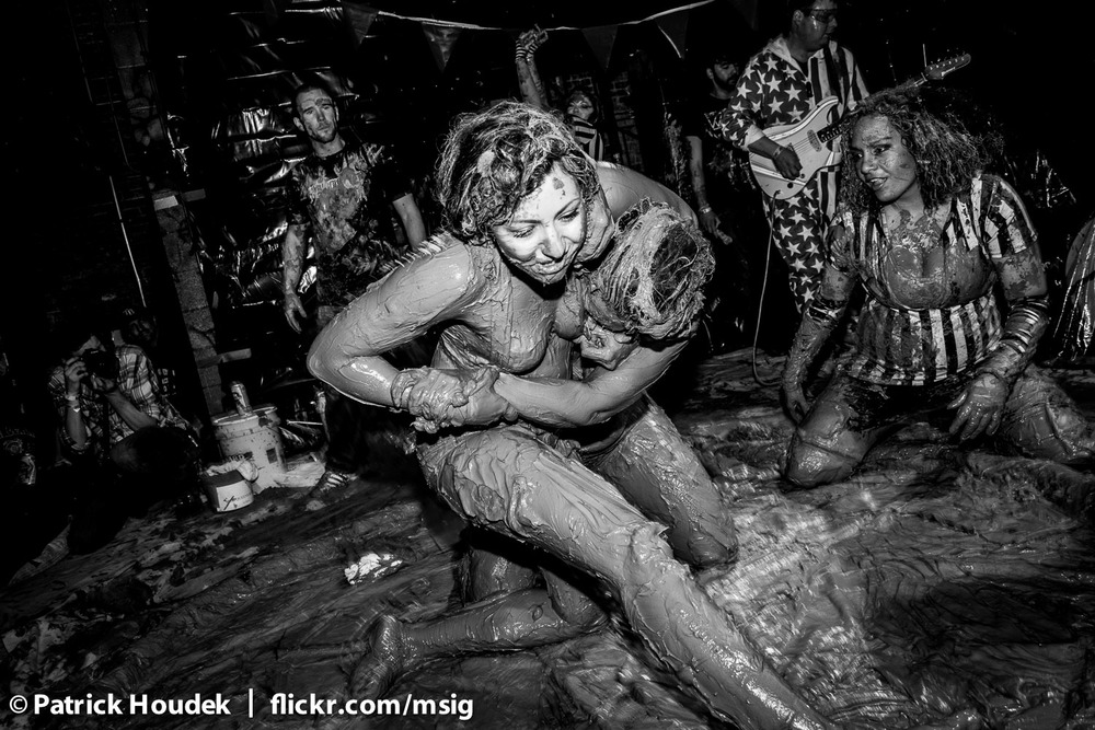 mud-queens-of-chicago_14632376172_o.jpg