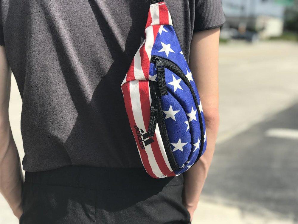 🇺🇸 American Flag Rand II fanny pack,  Adidas.