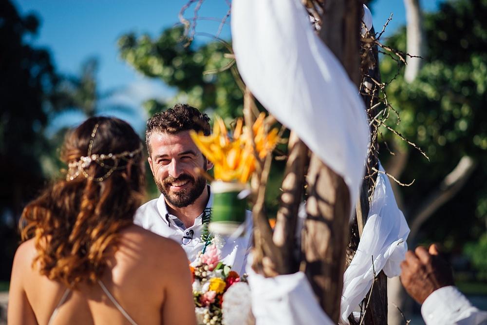 Mitch&Shanna-wedding-Vanuatu-Cocomo_0002.jpg