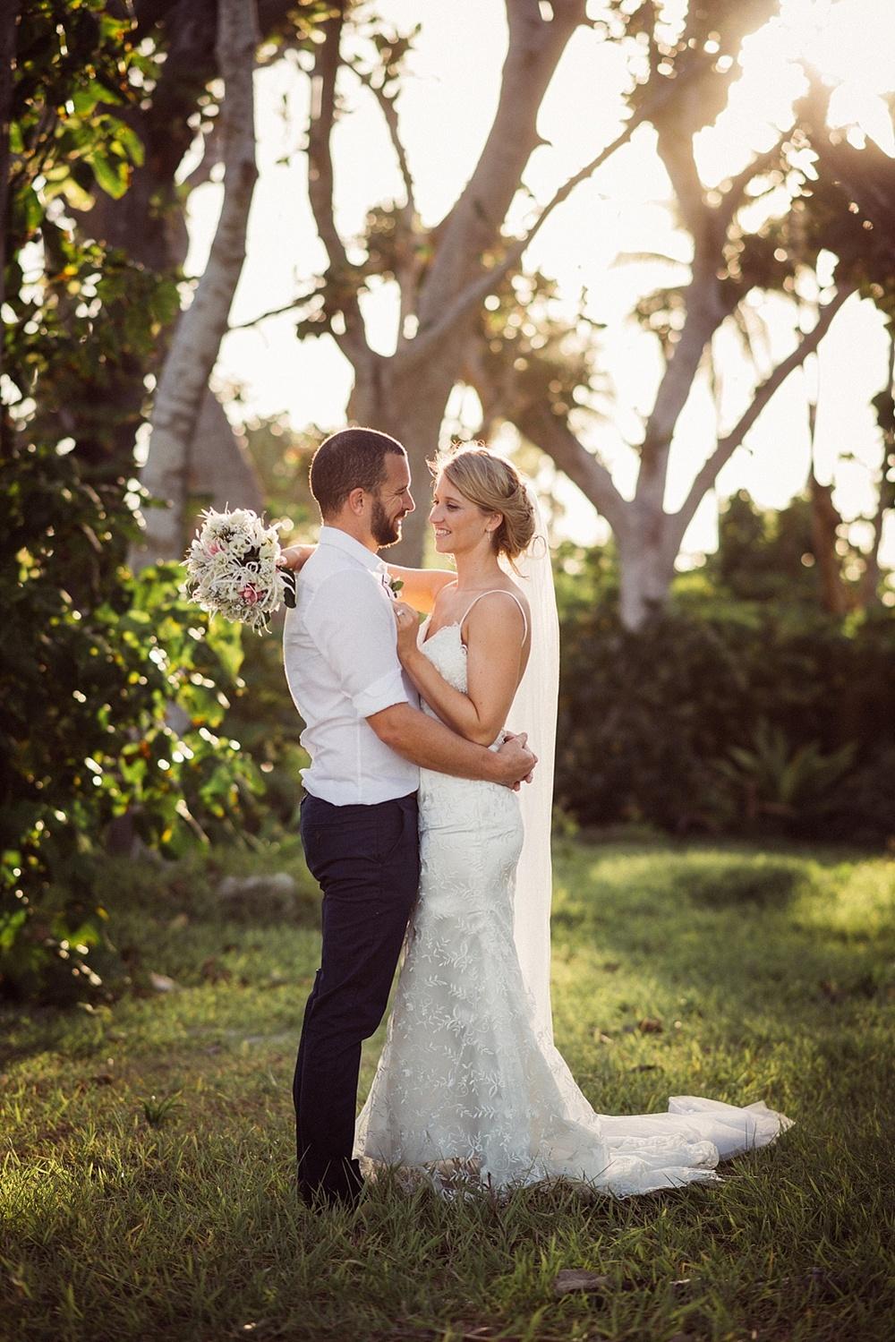 Jess&Luke-wedding-Vanuatu-Groovy-Banana_0036.jpg