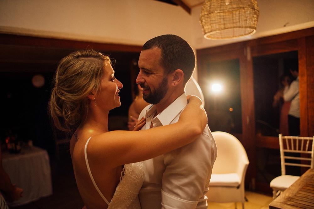 Jess&Luke-wedding-Vanuatu-Groovy-Banana_0046.jpg