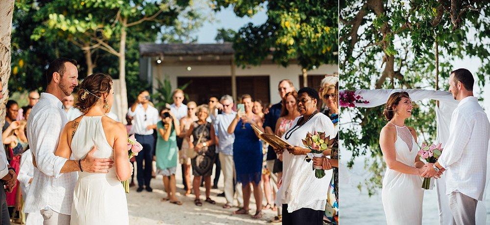 AngelfishCoveWade-Meg-WeddingPhotography-GroovyBanana-VanuatuPhotographers_0005.jpg