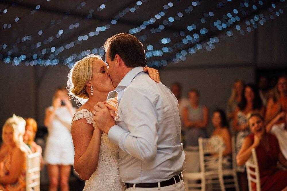 Emma-Andrew-WeddingPhotography-VillaChampagne-Evrisamting-GroovyBanana-VanuatuPhotographers_0032.jpg