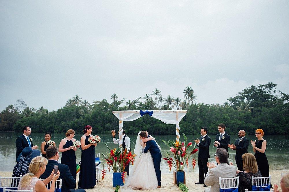 CocomoLisa-Mo-WeddingPhotography-GroovyBanana-VanuatuPhotographers_0046.jpg
