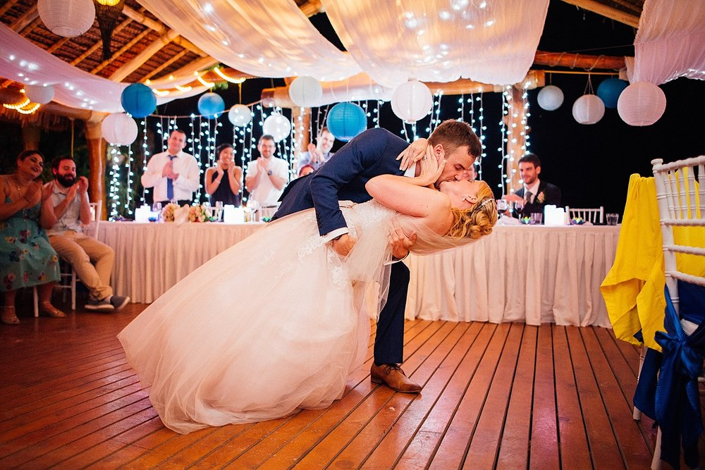 CocomoLisa-Mo-WeddingPhotography-GroovyBanana-VanuatuPhotographers_0066-.jpg