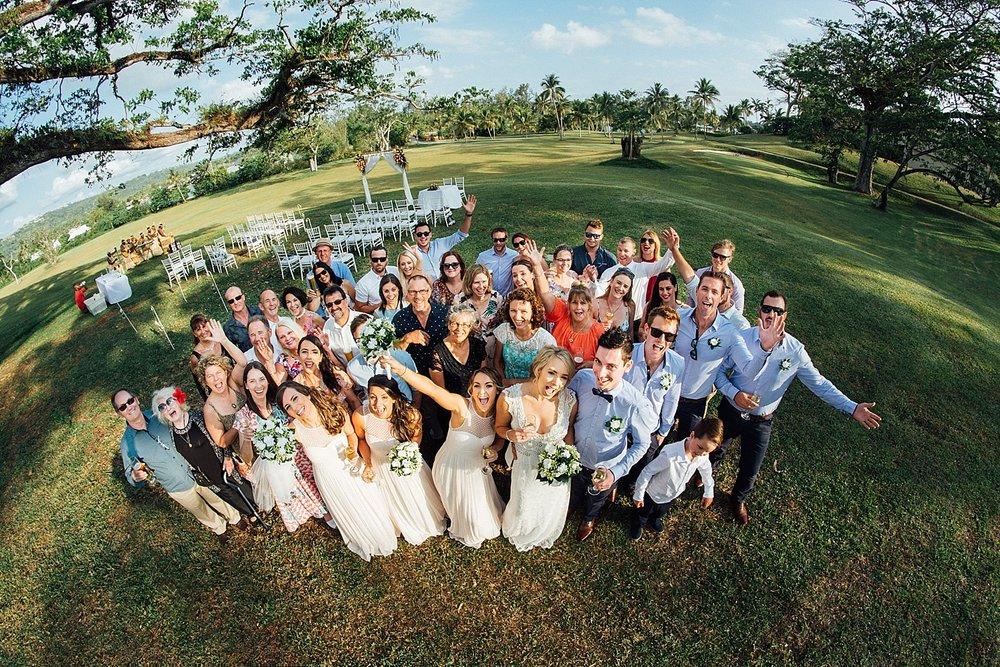 Deanna-Michael-WeddingPhotography-HolidayInnResort-GroovyBanana-VanuatuPhotographers_0013.jpg