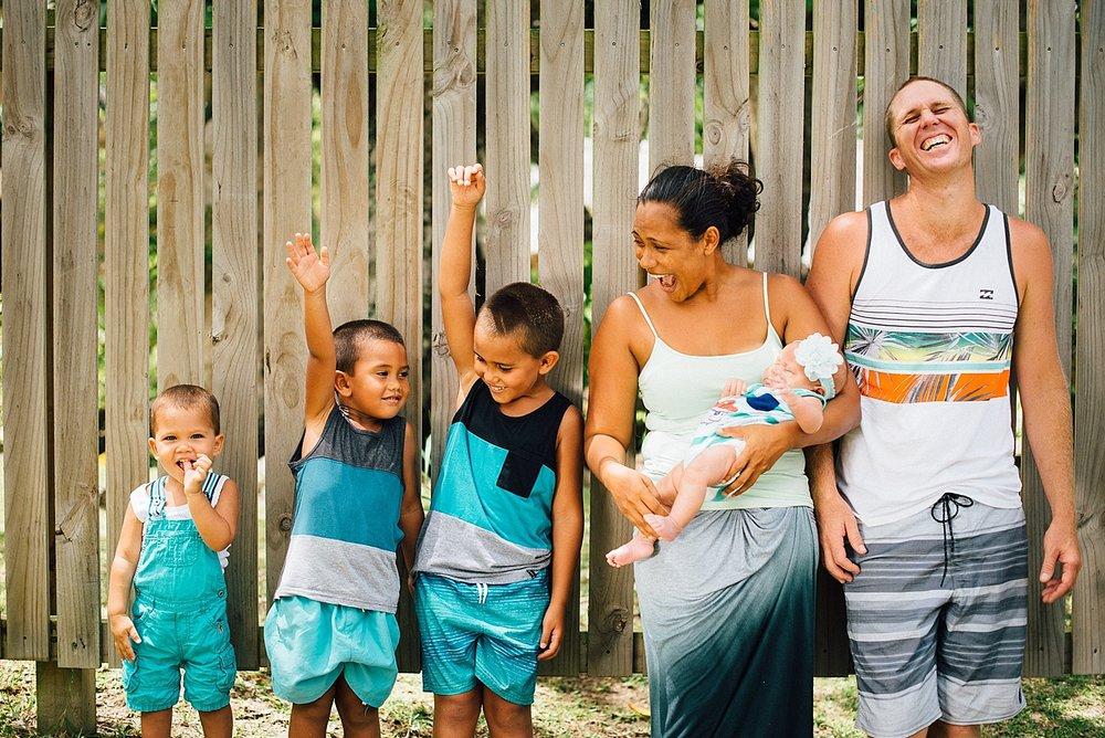 Aurelie-Mark-Pikininis-FamilyPhotoshoot-PortVila-ErakorIsland-GroovyBanana-VanuatuPhotographers-Photography_0006.jpg