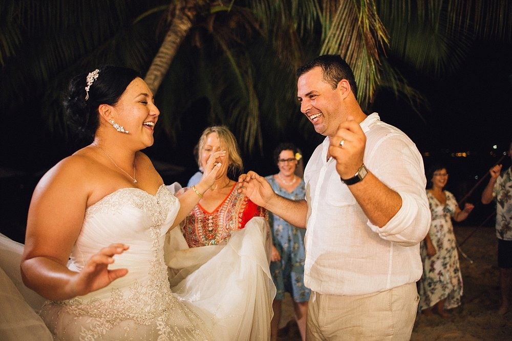 Liz-Benn-WeddingPhotography-ErakorIsland-GroovyBanana-VanuatuPhotographers_0035.jpg