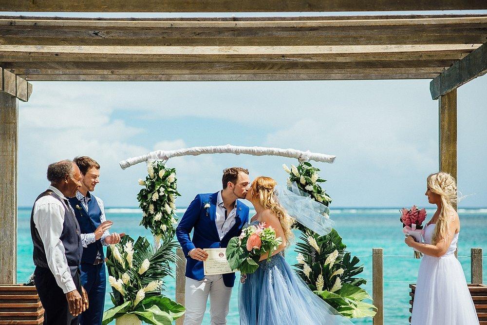 Ilana-Jarrod-WeddingPhotography-WarwickLeLagon-GroovyBanana-VanuatuPhotographers_0007.jpg