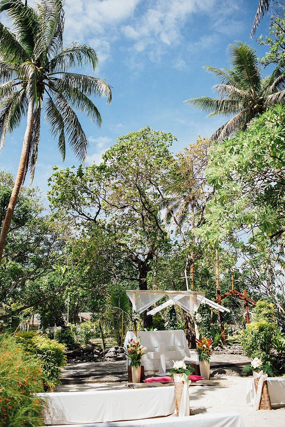 Lita-Peter-WeddingPhotography-ErakorIsland-GroovyBanana-VanuatuPhotographers_0003.jpg